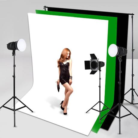 Работа с моделями в фотостудиях работа в 19 лет девушки